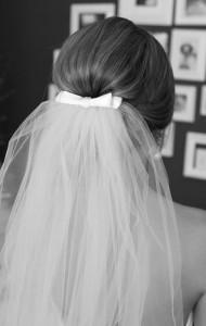 kapper Turnhout, kapper, kappers, Turnhout, dameskapper, dameskapper Turnhout, kapsalon, kapsalon Turnhout, dameskapsel, opsteekkapsel, trouwkapsel, bruidskapsel, Turnhout, bruidje kort kapsel, bruidje, bruidegom, trouwen, bruid